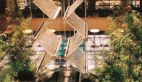 Pohled_do_interiéru_Agrobanky_v_Brně_–_Jaromír_Černý,_Karel_Tuza_a_Petr_Uhlíř,_1994_–1995