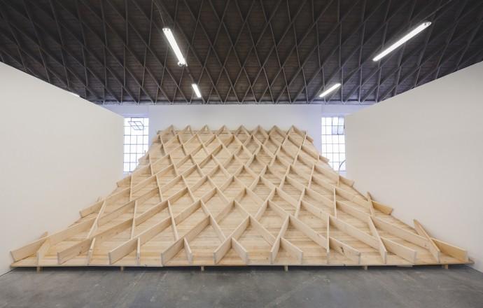 Markéta Oplištilová: OBLOHA / 2015 / instalace / dřevo