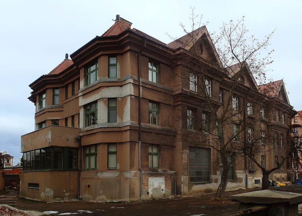 Heinrich Kulka, Semlerova rezidence, Plzen