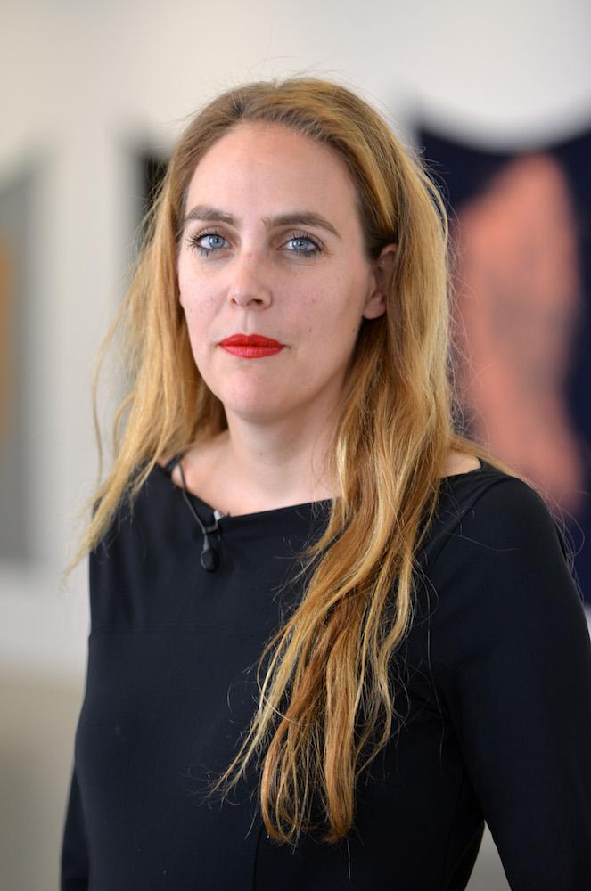 Susanne Pfeffer, Leiterin des Fridericianums in Kassel (Hessen), aufgenommen am 27.09.2013. Foto: Uwe Zucchi/dpa