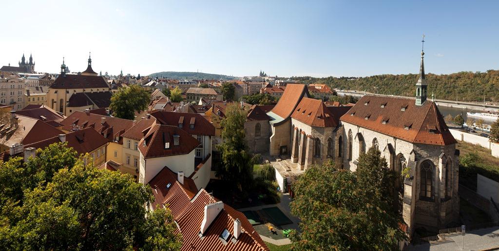 klaster-sv-anezky-ceske-panorama